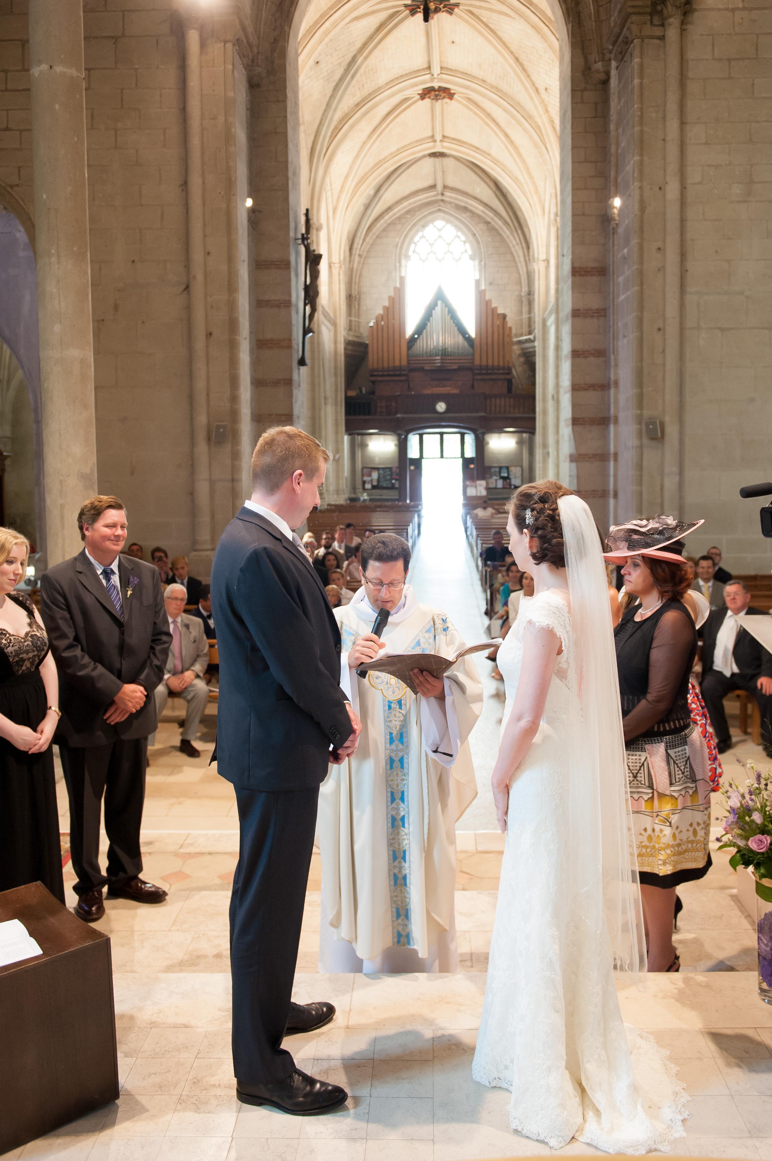 Mariage , Diocèse d\u0027Angers , L\u0027Eglise catholique en Maine,et